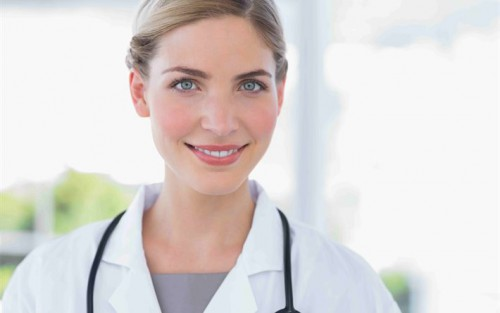Способы лечения кисты яичника: в больнице и народными методами