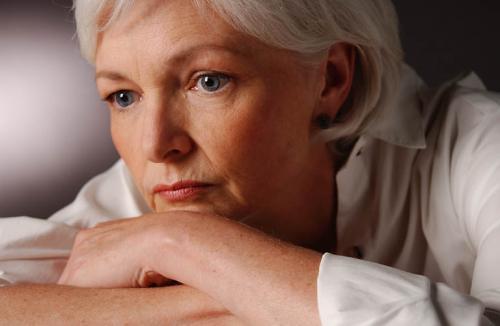 Удаление кисты на шейке матки: как проходит операция, ее последствия