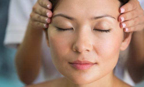 Головная боль при климаксе симптомы: кружится голова