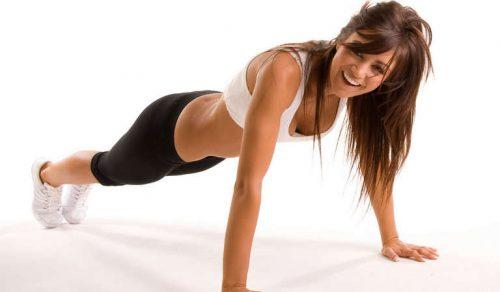 Женщина и фитнесс