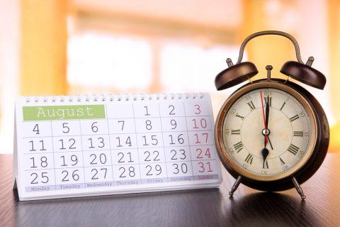 Будильник и календарь