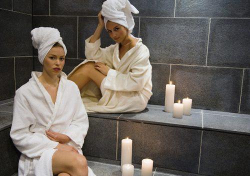 Женщины в турецкой бане